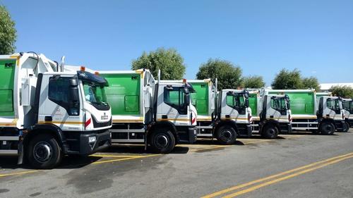 Με την αγορά δύο νέων απορριμματοφόρων, συνεχίζεται η ανανέωση του στόλου καθαριότητας από τον Δήμο Ηρακλείου