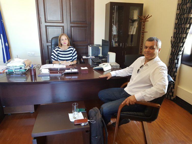 Συνάντηση της Συντονίστριας της Αποκεντρωμένης Κρήτης, Μαρίας Κοζυράκη με τον Πρόεδρο του ΕΣΔΑΚ και Αντιδήμαρχο Ηρακλείου Χάρη Μαμουλάκη