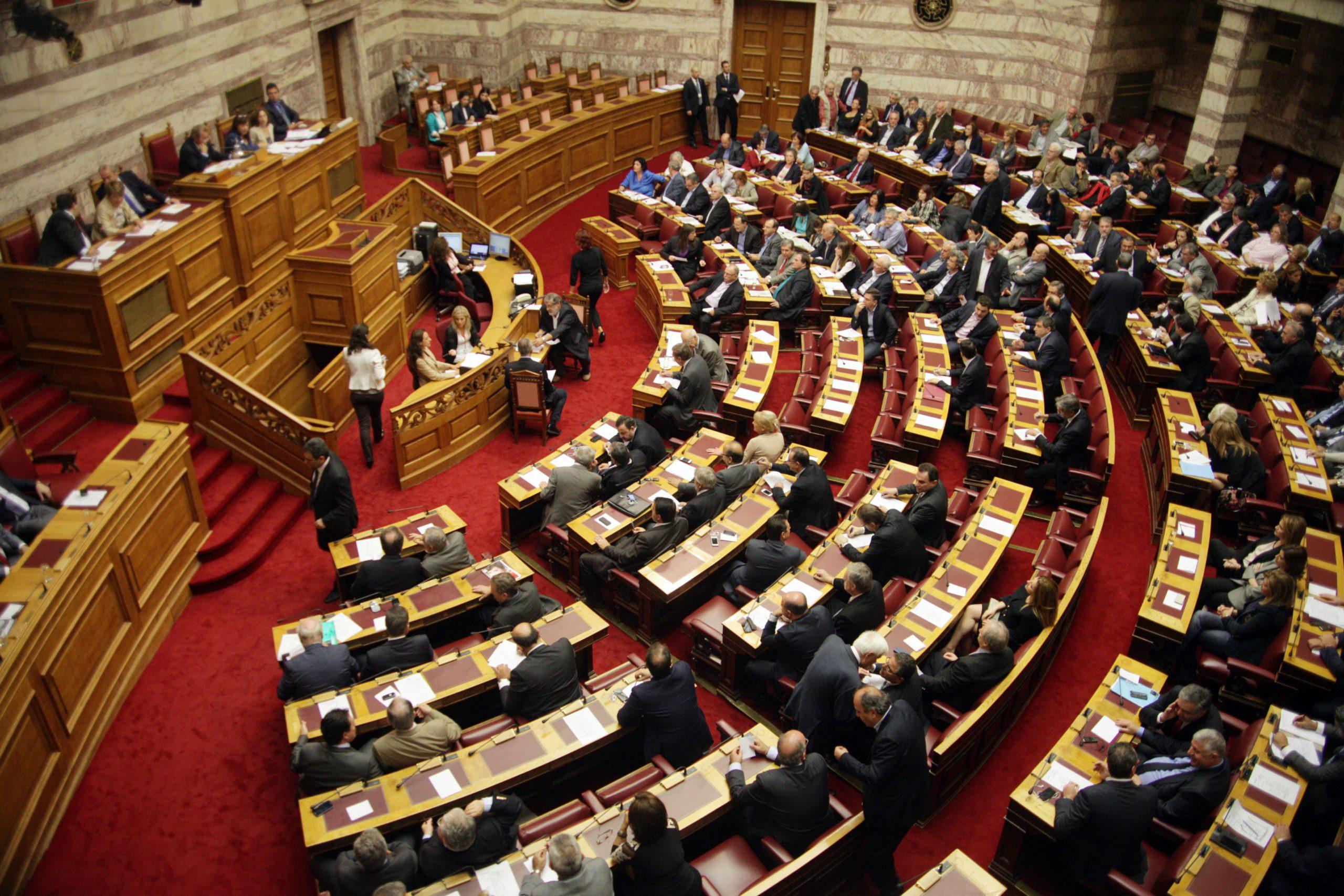 Εισηγητής ο Χάρης Μαμουλάκης εκ μέρους του ΣΥΡΙΖΑ-ΠΣ στο νομοσχέδιο περί Δημοσίων Συμβάσεων