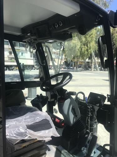 Νέο μηχάνημα οδοσάρωσης στην Υπηρεσία Καθαριότητας