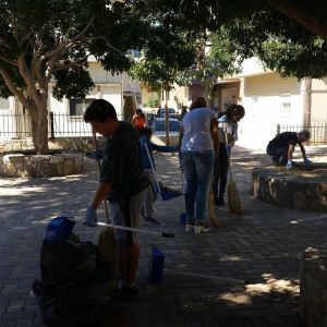 Δράσεις καθαριότητας - Σκούπα και φαράσι - καθαρίζουμε την πόλη!